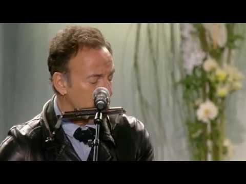 Bruce Springsteen&Little Steven - We Shall Overcome (Memorial Concert 22.7.12 - Oslo, Norway)