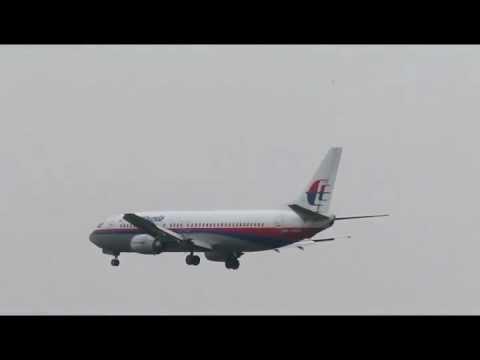 KUL - Runway 14L - Malaysia Airlines B737-400
