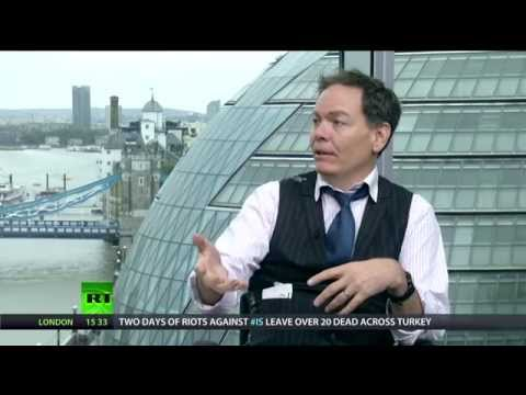 Keiser Report:  Revolution Wheels Turning (E664)