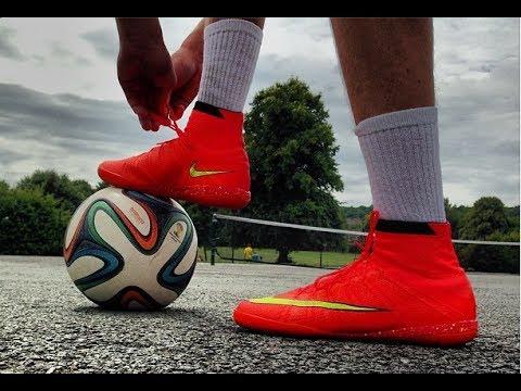 Nike Elastico Superfly 4 IC Test - www.FootballBoots.co.uk | Footballskills98