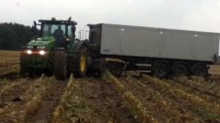 Muddy John Deere silages 2013!!