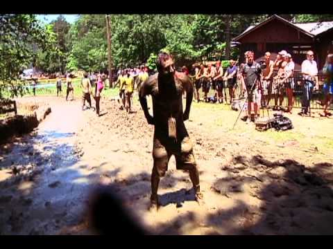 Brandon Rudat goes through Warrior Dash course