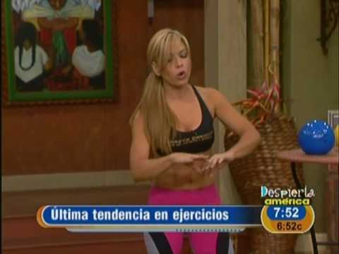 Claudia Molina quiso ponerte en línea. Fitness Video Video
