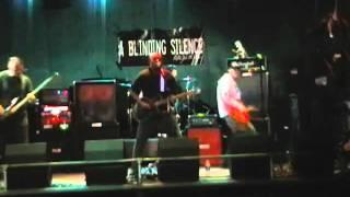 Vídeo 2 de A Blinding Silence