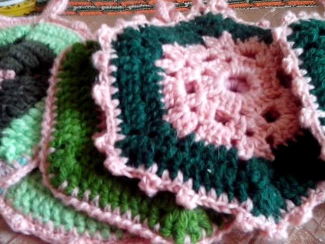 Вязание,рукоделие,связано на подарки к 8-му марта.