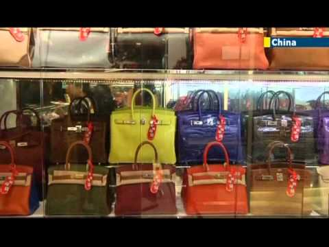 HK broker gives loans for designer handbags