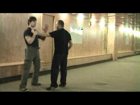Уроки самообороны на улице - видео