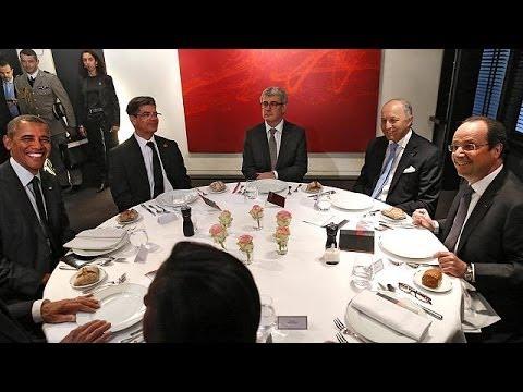 Two-dinner Hollande keeps Obama and Putin apart