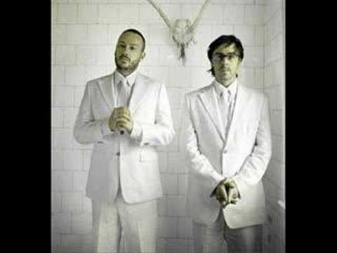 Basement Jaxx - Make Me Sweat