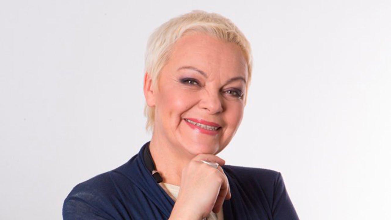 Елена Новоселова в гостях у программы Настроение ТВЦ - YouTube