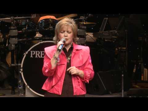 Praise His Name - Jeff and Sheri Easter - Recorded in Branson, Missouri at Presleys' Country Jubilee