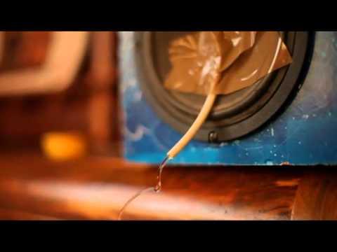 Gotas de agua suspendidas en el aire (ilusión óptica)