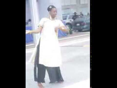 Tum Tak Oye Boy Charlie Dance