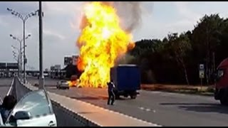 Gas Cylinder Truck Blows Up