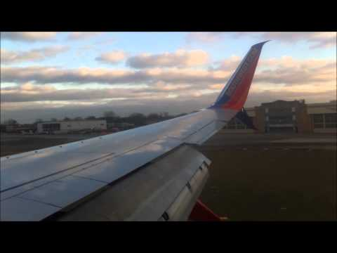 Southwest Airlines B737-800 Landing in Windy Chicago Midway