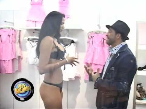 Venezolana en Ropa Intima - Que locura - Broma 1