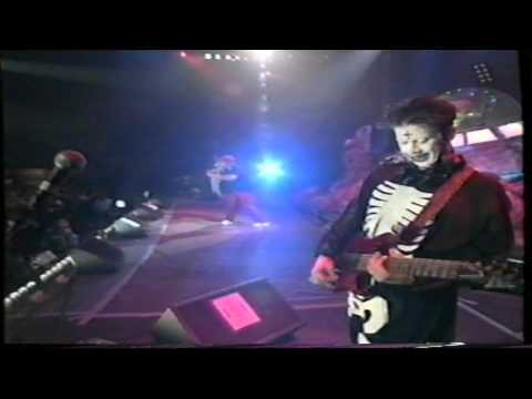 Limp Bizkit - Family values tour 98 Part 2/4 - Counterfeit