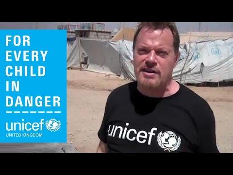 Eddie Izzard in Iraq - help the children of Syria