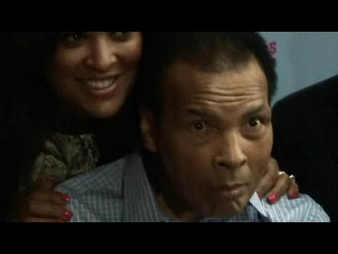 Ушел из жизни легендарный и самый титулованный боксер Мохаммед Али.