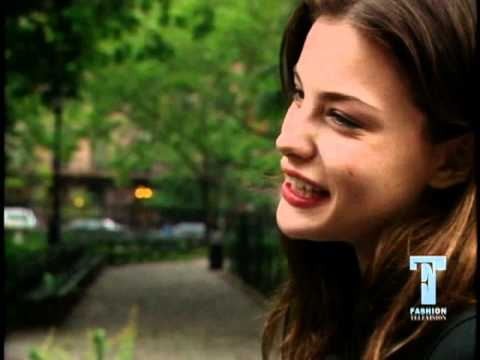 FT: Flashback - Liv Tyler
