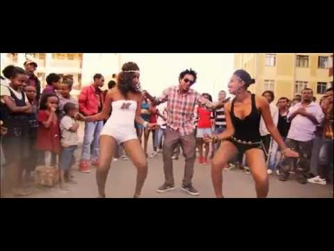 ጎንደርኛ - Gondergna - Mc Mike & Yoni Yoye Ft Filfilu Loooool -- March-2012 video