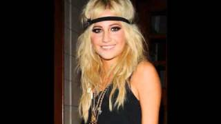Watch Pixie Lott Summer Days video