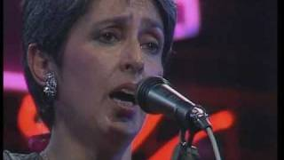Watch Joan Baez Carrickfergus video