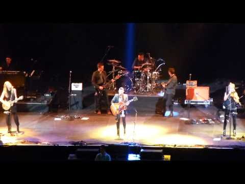 Dixie Chicks Wrecking Ball 7 12 Live Country To Country Tour, O2 Arena London 15th March 2014 video