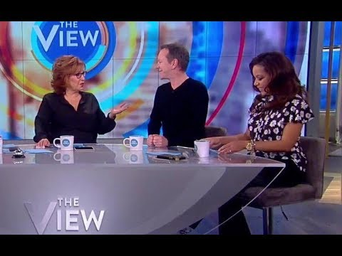 Kiefer Sutherland Talks Whoopi's Speech For His Father, 'Designated Survivor' | The View