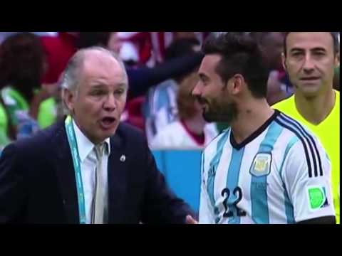 Funny Ezequiel Lavezzi Squirts Water At His Coach [argentina] video