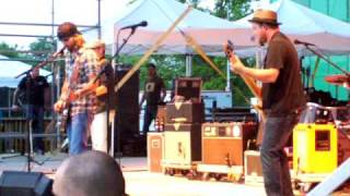 Watch Cross Canadian Ragweed 42 Miles video