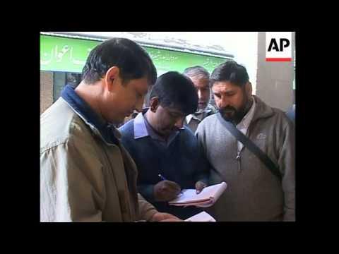 Pakistani court orders release of British bombing suspect