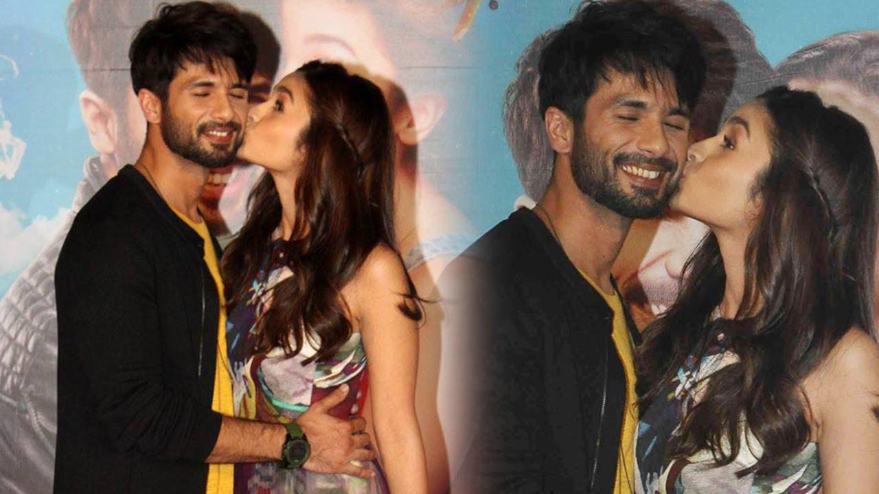 Shahid Kapoor And Katrina Kaif Kissing Alia bhatt kissing Shahid