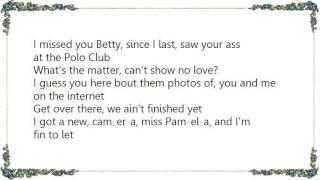 Watch Bubba Sparxxx Betty Betty video