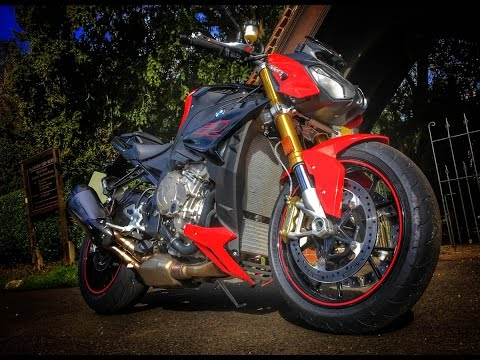 2017 BMW S1000R Naked Review