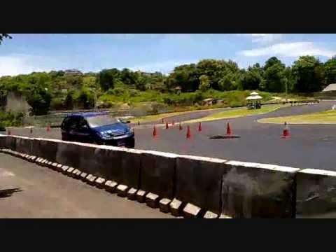 Xenia Turbo Drift Test break of Sound Race #1 Speed City Bali.wmv