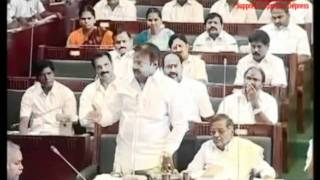 Vijaykanth Chief Minister and T.R argue Muthalvan movie style