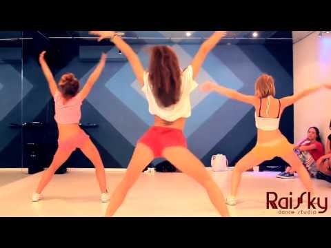 Вот как надо танцевать