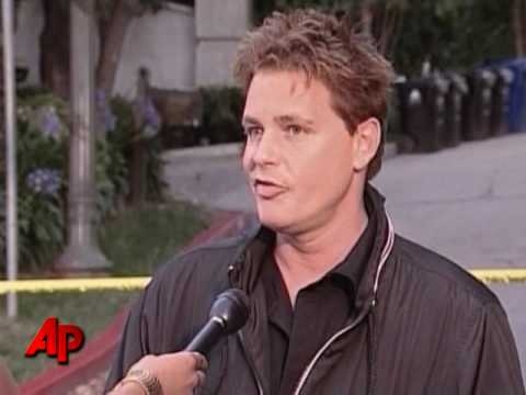 Actor Corey Haim Dies at Age 38 Video