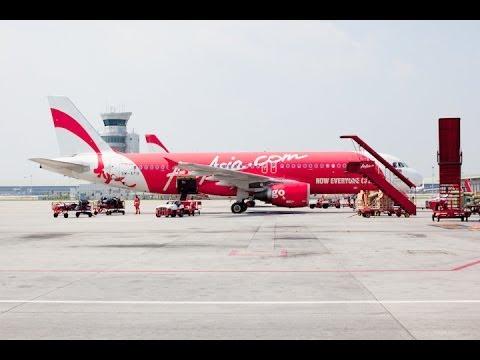 Landing in Kuala Lumpur International Airport - LCCT
