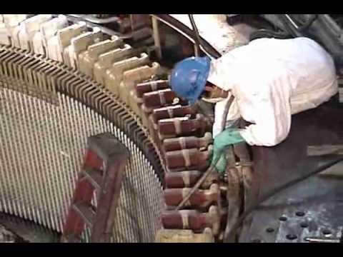 El mantenimiento en el complejo hidroeléctrico del Mantaro