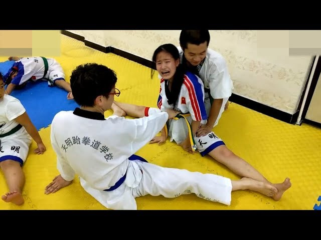Taekwondo gymnastic training: pain is the lubricant of success! thumbnail