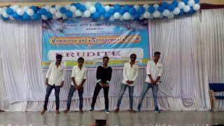 Kannada funny dance by sahyadri college shimogga 2k14 batch