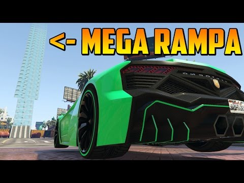 MEGA RAMPA MASIVA + LOTER���A DE NAVIDAD XD - Gameplay GTA 5 Online Funny Moments (Carrera GTA 5 PS4)