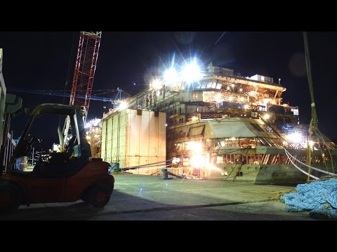 Urbex - Inside the Costa Concordia (2015)