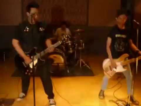 Screeching Weasel - Get Off My Back