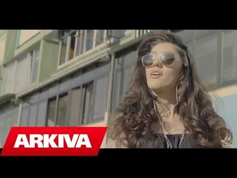 Stelina ft. Blasta - Mos