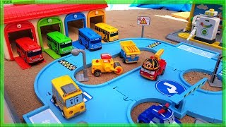 Tayo the Little Bus Giant Toy Playset construction and fun playtime | Poli Cars Lightning Mcqueen