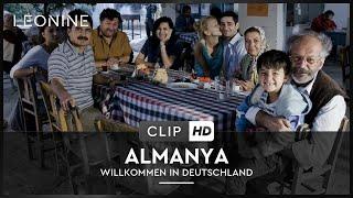 Almanya - Opa Hueseyin hat eine Überraschung (Filmausschnitt)