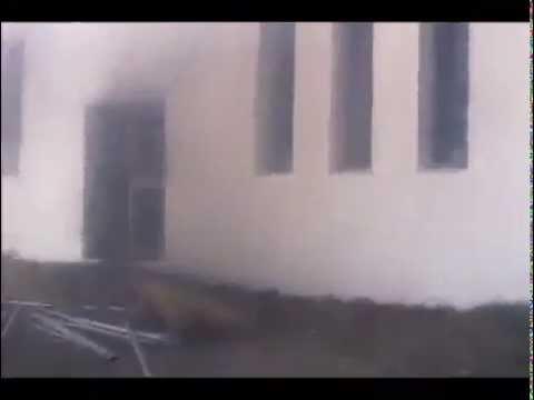 image vidéo إقتحام المتظاهرين السفارة الأمريكية في تونس